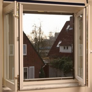 Gesichertes Fenster, Gefahren sind somit gebannt.